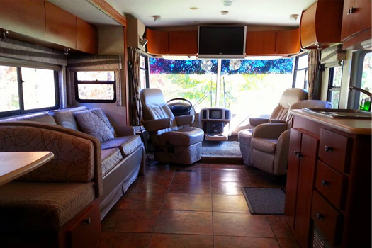 rv-rental-interior
